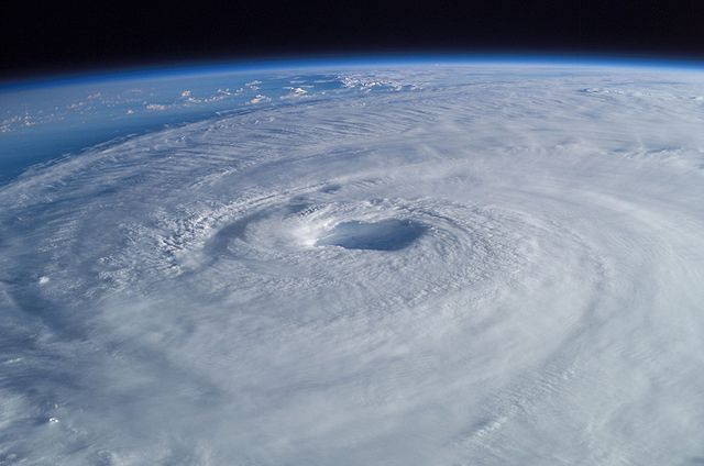 Hurricane_Isabel_ISS